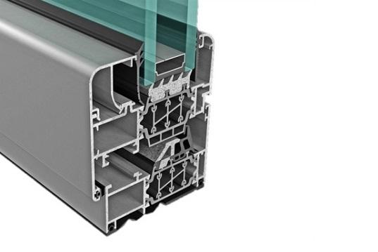Isolamento termico finestra con Insubar
