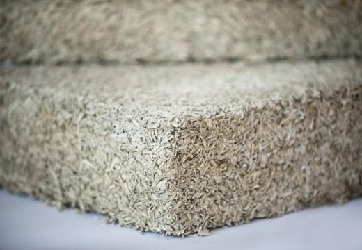 Isolamento termico canapa, l'Enea certifica la canapa in Ediliza